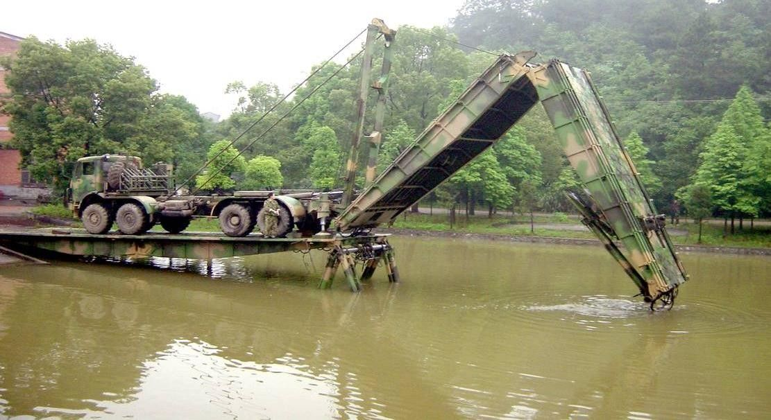 15m Span Heavy Mechanized Bridge With Advanced Engine, Gearbox For Dry Gaps and Marshland